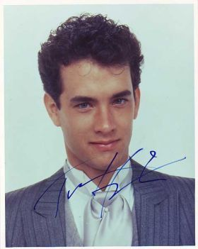 Actor Tom Hanks, two grandparents on his mother's side were Azorean, two grandparents on his father's side were Azorean, – No, if you live in Portugal as a foreigner, you do not have to renounce or relinquish your US citizenship. Portuguese law allows you to accumulate Portuguese nationality with other nationalities, and it is very common for people Portuguese nationality to have two or three different nationalities.