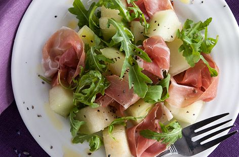 This melon & Parma ham starter is a complete classic & is the perfect dinner party starter. Find lots of starter recipes & dinner ideas at Tesco Real Food.
