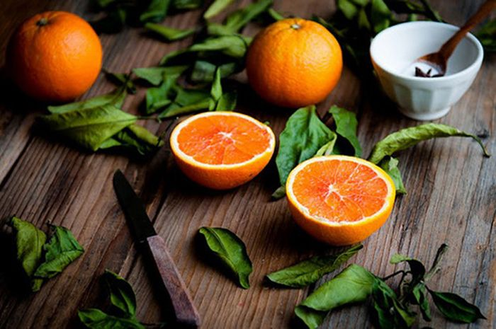 ORANGE (peel/juice/oil) Air/Sun - Confidence & positive well-being & vitality. Happiness.