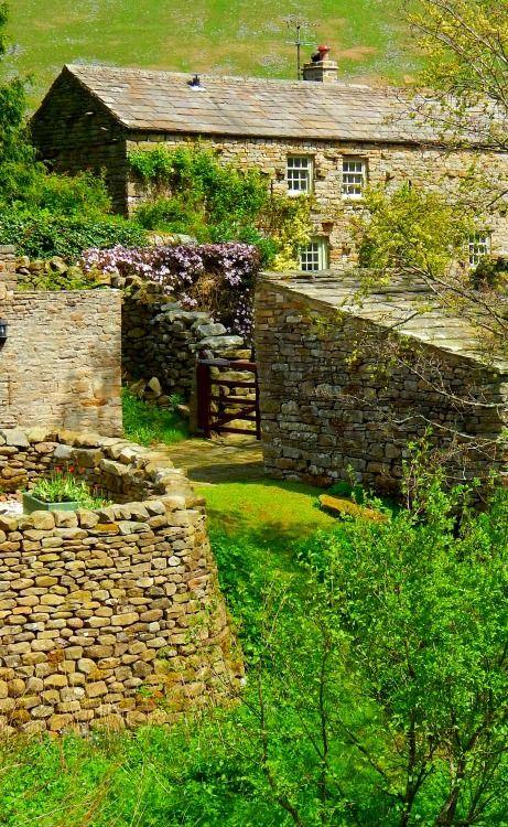 Muker, Swaledale, Yorkshire Dales, North Yorkshire,England, UK
