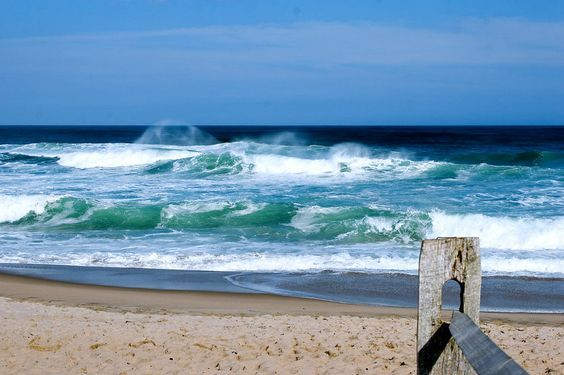Watch Coast Guard Beach HD Surf Cam 24/7!  #CapeCod #PrettyPickyProperties #CoastGuardBeach #Surfline