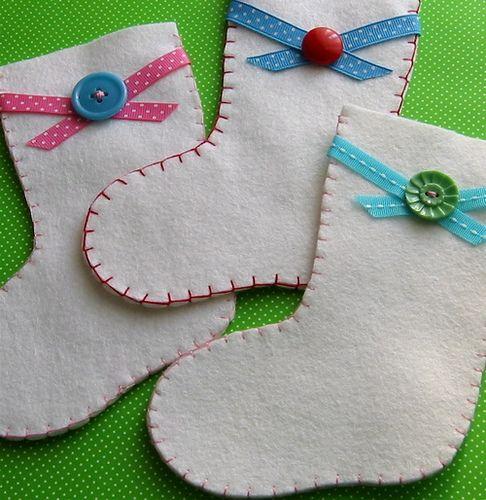 Mini Stockings... fro Christmas decorating *☆