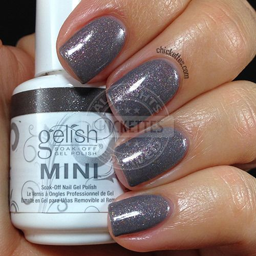 Gelish Snowflakes & Skyscrapers - swatch by Chickettes.com