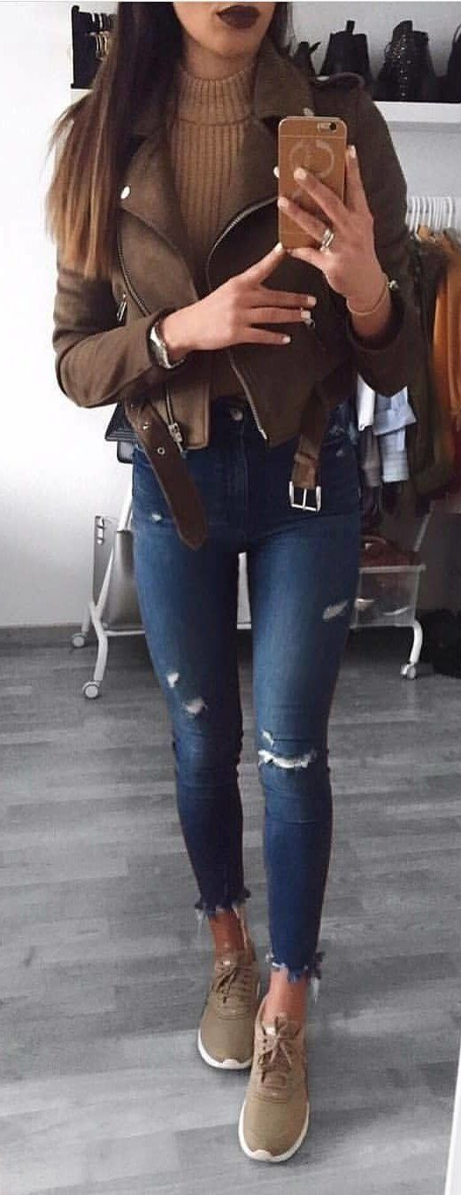 #winter #outfits brown full-zip jacket and blue distress jeans