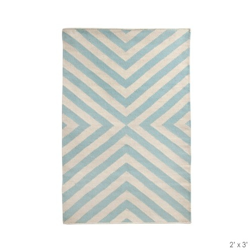 Blue: Blue Natural Rugs, Dining Rooms, Lights Blue Natural, Bridget Lights, Adler Bridget, Design Concept, Bluenatur Rugs, Jonathan Adler, Blue Bridget
