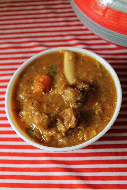 YUMMY TUMMY: Mutton Dalcha / Hyderabadi Mutton Dalcha / Lamb, Dal & Vegetable Gravy - Sidedish for Briyani & Ghee Rice