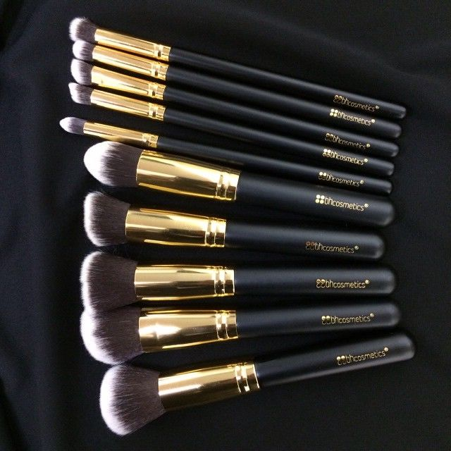 Don't forget to buy your 10pc. Sculpt & Blend Brush Set for only $16.95! :0 Shop: http://bit.ly/1oN742w while supplies last! <3