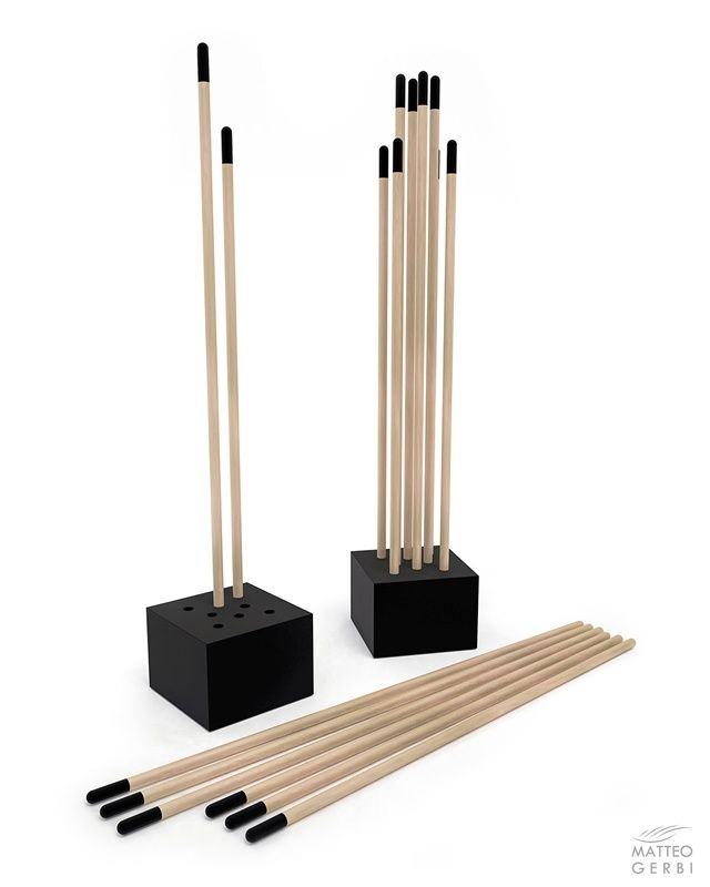 STEM wooden coat stand - EN | TheMAG