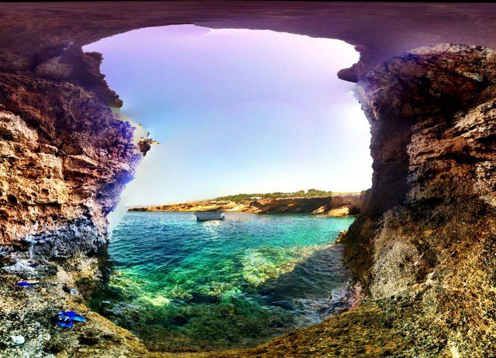 Meant to be absolutely stunning: Cala Bassa in Sant Josep de la Talaia, Islas Baleares