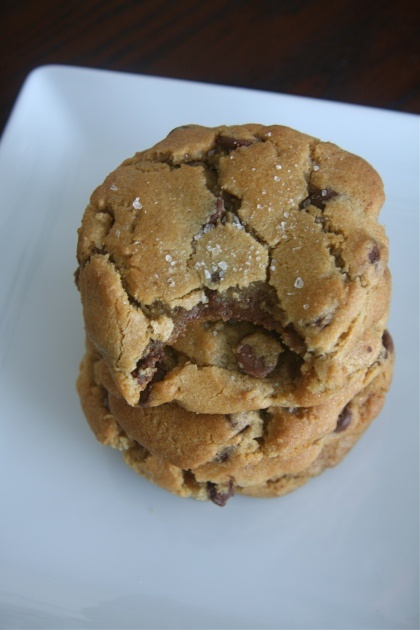 nutella-stuffed browned butter chocolate chip cookies with sea saltChocolate Chips, Stuffed Cookies, Chocolates Chips Cookies, Butter Chocolates, Sea Salts, Brown Butter, Chocolate Chip Cookies, Stuffed Chocolates, Nutella Stuffed Brown