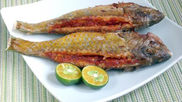 Ikan sumbat sambal berperisa kesturi | BeritaHarian.sg