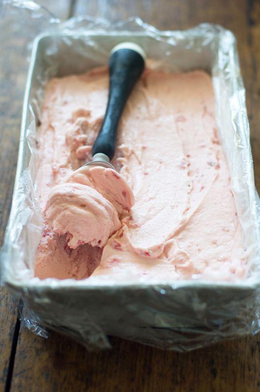 Delicious Bites: Homemade Strawberry Ice Cream http://decor8blog.com/2013/07/02/delicious-bites-homemade-strawberry-ice-cream/