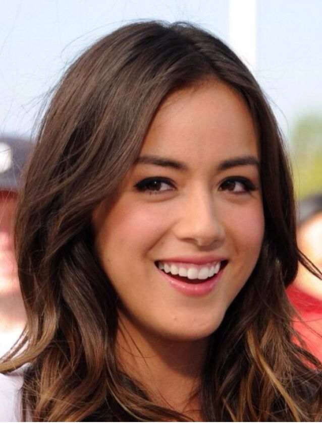 Chloe Bennett from Agents of Shield and her good haircut