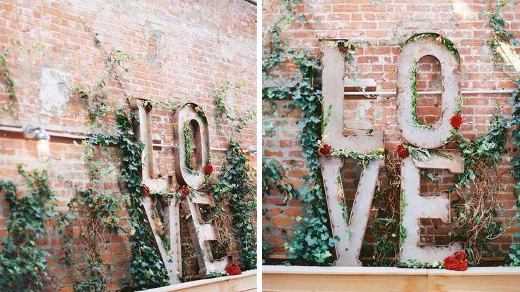 grandes lettres métal industrielles LOVE