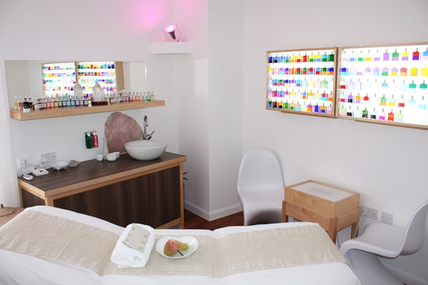 if you haven't yet had an Aura-Soma consultation ... it's a MUST! and if you're in England, popping by Aloka is a DEFINITE MUST!