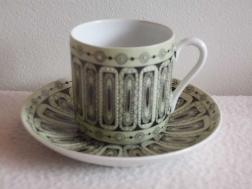 Arabia Finland mocha cup and saucer by Esteri Tomula
