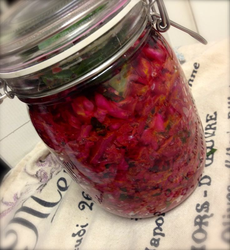 Fermented Vegetables. Cultured Veggies I prefer to say. Whatever it is that you DO call them, they are going crazy right now! Funny thing is they've been around for centuries and pre refrigeration and freezing…