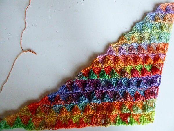 Dreieckstuch häkeln - mit Farbverlauf - eliZZZa