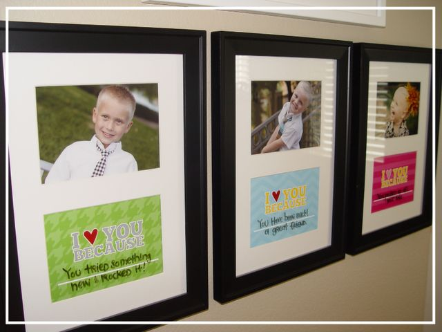 Smart idea. I love you because pictures.  Using a dry erase marker on the glass you can change the message whenever you want.  Great idea!: Era Markers, I Love You, Frames, Dry Erase Markers, Kiki Create, Kids Pictures, Love Note, Great Ideas, Messages