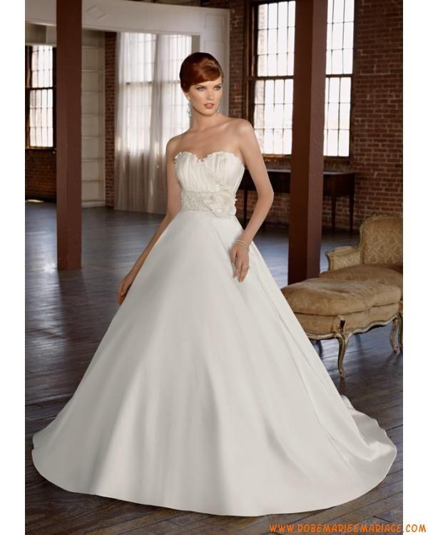 Robe chic avec bustier en coeur agrémentée de plis en satin robe de mariée