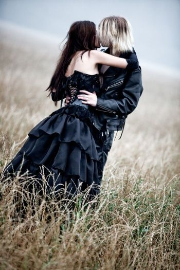 goth couples | Dating Gothic Singles in Goth Dating Sites