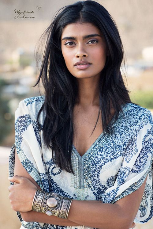 Archana Akil Kumar Like a boho-style travel diary   Jesper BRANDT c/o MINK MGMT. traveled to Rahjastan, India to photograph the new campaign for the Swedish fashion label INDISKA and a boho-style travel diary. Et j'ai trouvé le Nom du Model : Archana Akil Kumar