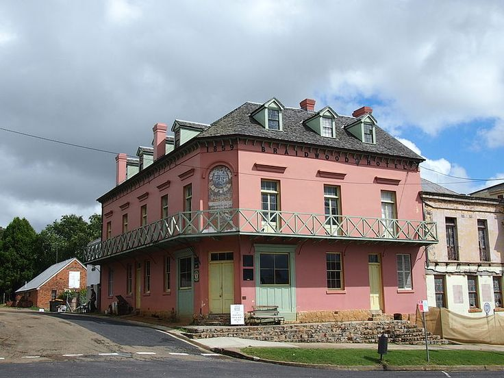 The Braidwood Hotel, Braidwood, NSW Australia Beautiful, historical town with lots of beautiful deciduous trees.