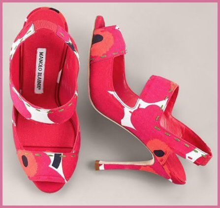 Manolo Blahnick made an Exclusive Limited Edition shoe in the Marimekko Uniko Red poppy pattern