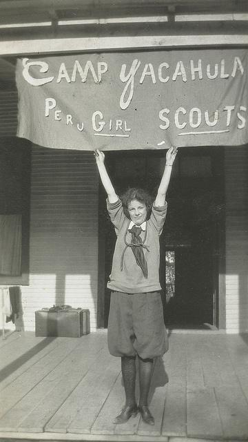 Foto aus einem amerikanischen Pfadfinderlager ----  #1919 ---- #Girl_Scouts camp, National Museum of American History, via Flickr
