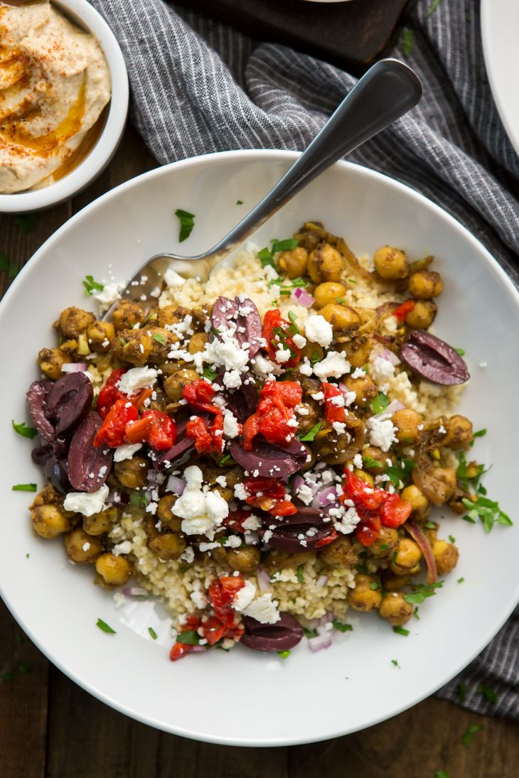 A hearty vegan/gluten-free shawarma recipe made with chickpeas and finished with a handful of favorite toppings like hummus, roasted red peppers, and olives.