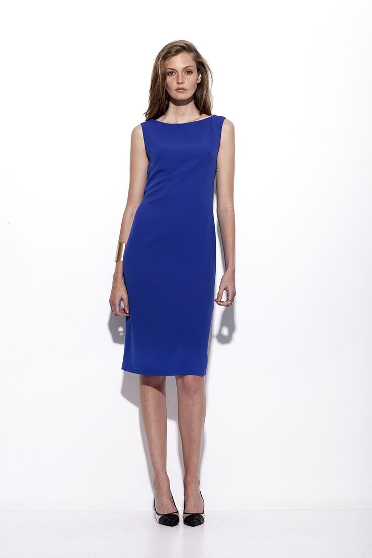 Bogelund-Jensen´s SS15 collection: The Elena dress in soft crepe with a beautiful belt on the back and 2 buttons