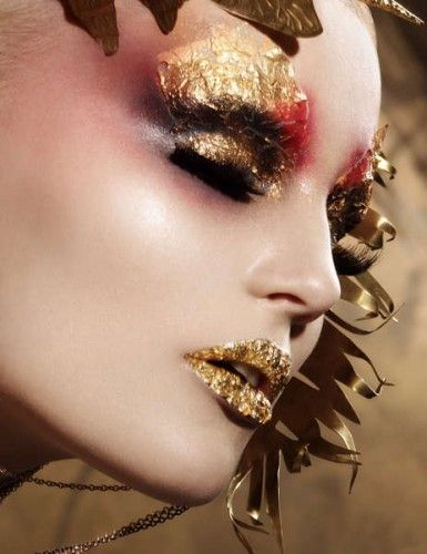 Gold - leaves - red - eyes - ogen - make up - lippen - goud - lips