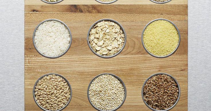Alternativas para a farinha de trigo sarraceno. A farinha de trigo sarraceno é uma farinha sem trigo geralmente usada por pessoas que não podem comer glúten. Seu sabor forte e textura gostosa fazem dela uma das escolhas favoritas para fazer panquecas. Por não conter glúten, ela é usada em receitas que não levam fermento, como bolachas. Outras farinhas sem trigo, e até mesmo a farinha de trigo ...