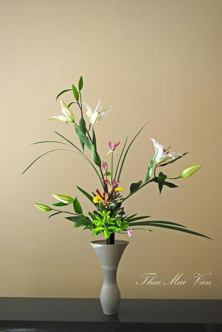 Best ikebana ikenobo flower arrangement images on