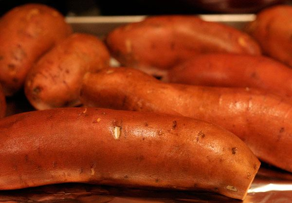 8 Amazing Benefits Of Sweet Potatoes For Skin And Health