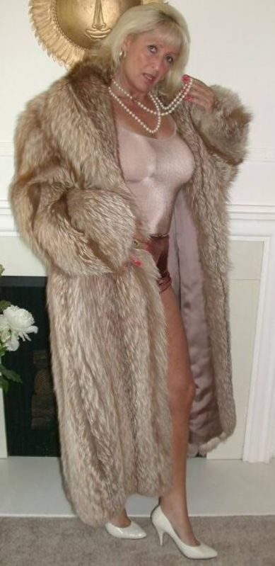 Fur mature women sexy, tied up anal sex