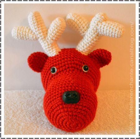 Voici un tutoriel très réussi pour confectionner une tête de renne ! Pile à temps pour les fêtes de fin d'année ! Pour savoir comment réaliser ce projet DIY, cliquez sur le lien et laissez vous guider. Bon crochet !
