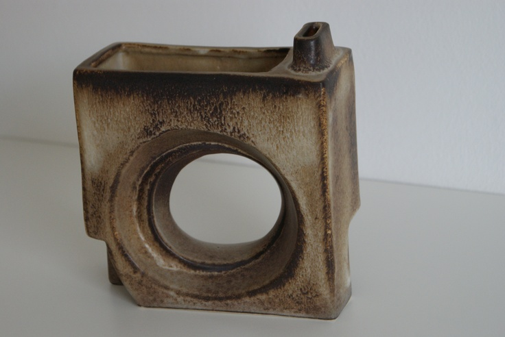 Lore Ceramics Beesel The Netherlands 1976-1981 Matt Camps B.112