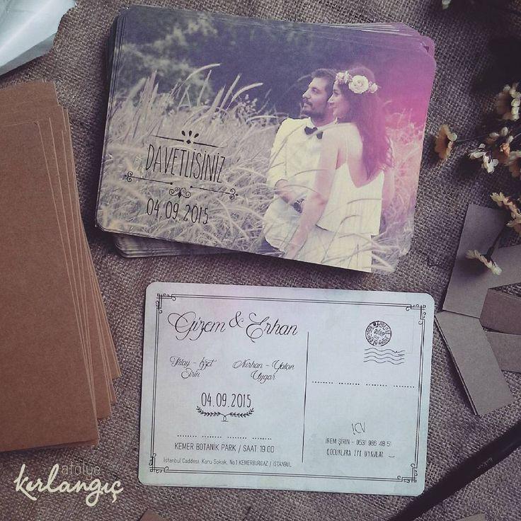 Gizem hanım'ın zamanı anlatan davetiyesi ile çok çok sevdiğimiz bir davetiyemiz daha oldu, vintage davetiyeler atölye kırlangıç'da, sevgiler herkese #davetiye#wedding#tasarım#atolyekirlangic#invitation#card#kina#weddingcard#dugun#davetiyeler#gelin#nisan#vintage#nikah#dugundavetiyesi