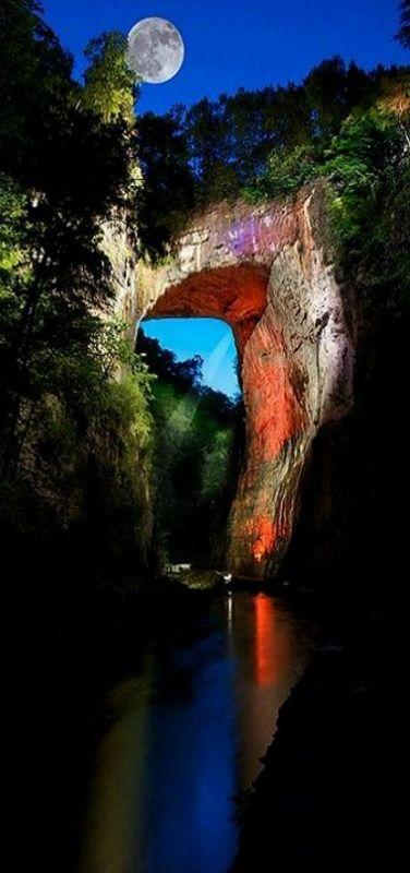Natural Bridge, Virginia, USA ~~Ketty Schott~~