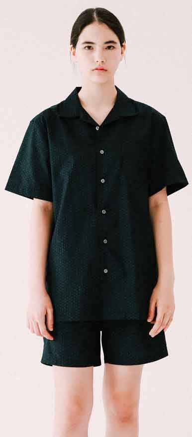 반바지와 셋트로 입어도 멋지죠. 패턴 반팔 셔츠, Model: 170cm / 46kg / M size