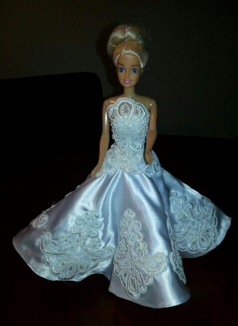 Van stof van een bruidsjurk van een vriendin