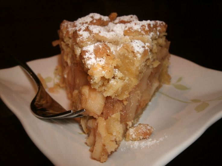 """One thing leads to another. A casual reference to a misremembered """"Polish apple strudel thing"""" can become the first link in a chain which runs, link by link, from daughters to mothers to daughters, old friends and neighbors, to Oregon and overseas, to Warsaw and Belgium, a chain being built to link to the best,... <a href=""""http://www.chicagonow.com/cooks-county-urban-stories-food-life/2011/10/apples-revisited-this-time-from-warsaw..."""