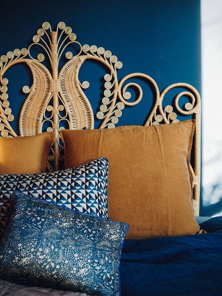 Les 25 meilleures id es de la cat gorie salons sombres sur pinterest salons - Le monde sauvage meubles ...