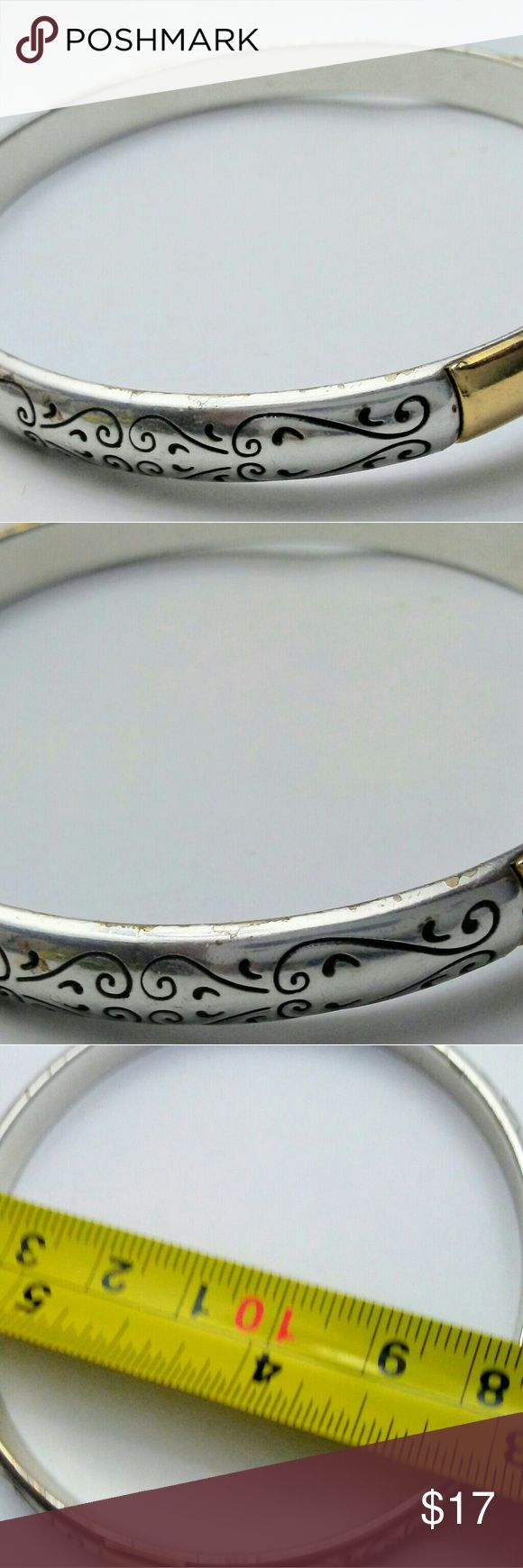 Brighton Metal Etched Silver Gold Tone Bangle Brighton Metal Etched Silver Gold Tone Bangle Brighton Jewelry Bracelets