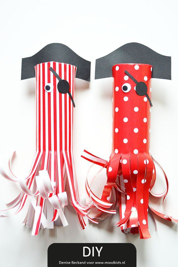 DIY Cute Pirate Sea Monsters - in Dutch, use translator. You can make a cute garland with these - start saving those toilet paper rolls!