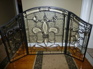 Clear Stained Glass Fireplace Screen.  Wow...if I only had an old fashioned fireplace.