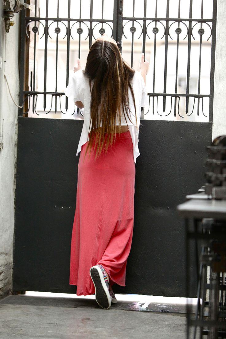 Corfu tee & San Salvador skirt. #lessismore