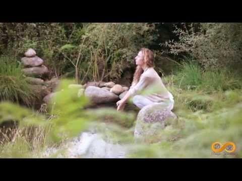 Danza Kundalini Retiros con Lalita Devi - YouTube