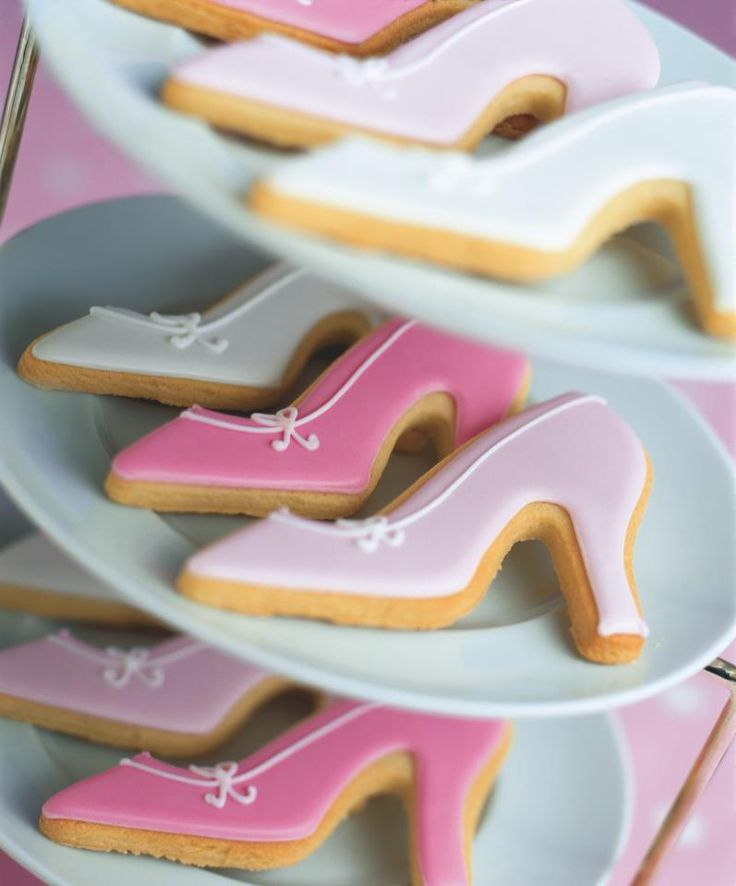 Perfect Mother's Day or bridal shower cookies.